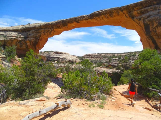 Hiking in Natural Bridges National Monument, Utah