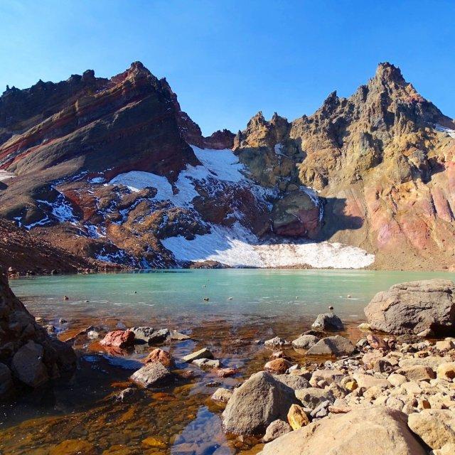 Hike Broken Top Trail to No Name Lake
